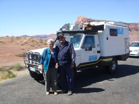 Christine and Aldo next to their FJ74 at Lake Powell