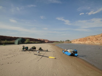beach camp on the Green River. photo by Gerald trainor.